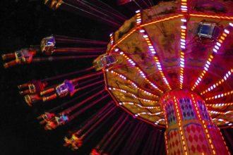 high flying rides at amusement park